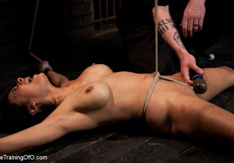 Slave Training Beretta James Day 4 - Beretta James | TheTrainingOfO | 2012 | HD | 1.67 GB