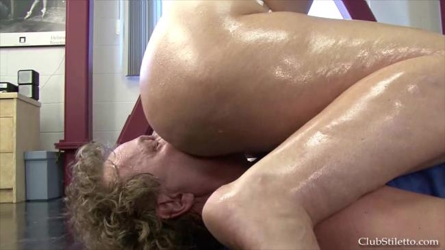 Worship Goddess Sophies Sweaty Muscles -  | 2016 | FullHD | 1.34 GB