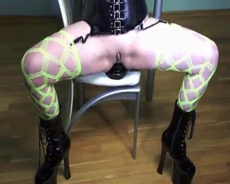 Bella - Masturbates on a chair and shows prolapse - Bella | Bella Entertainment | 21.11.2015 | SD | 21.2 MB