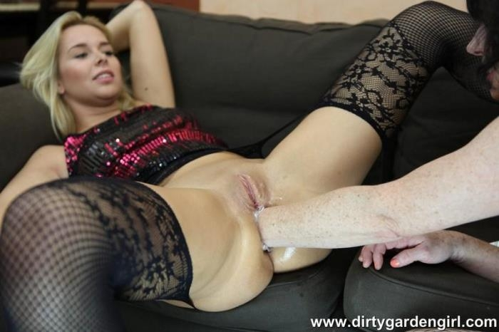 Nikky Dream and Dirtygardengirl fisting fun - Dirtygardengirl, Nikky Dream | DirtyGardenGirl | 2017 | FullHD | 484 MB
