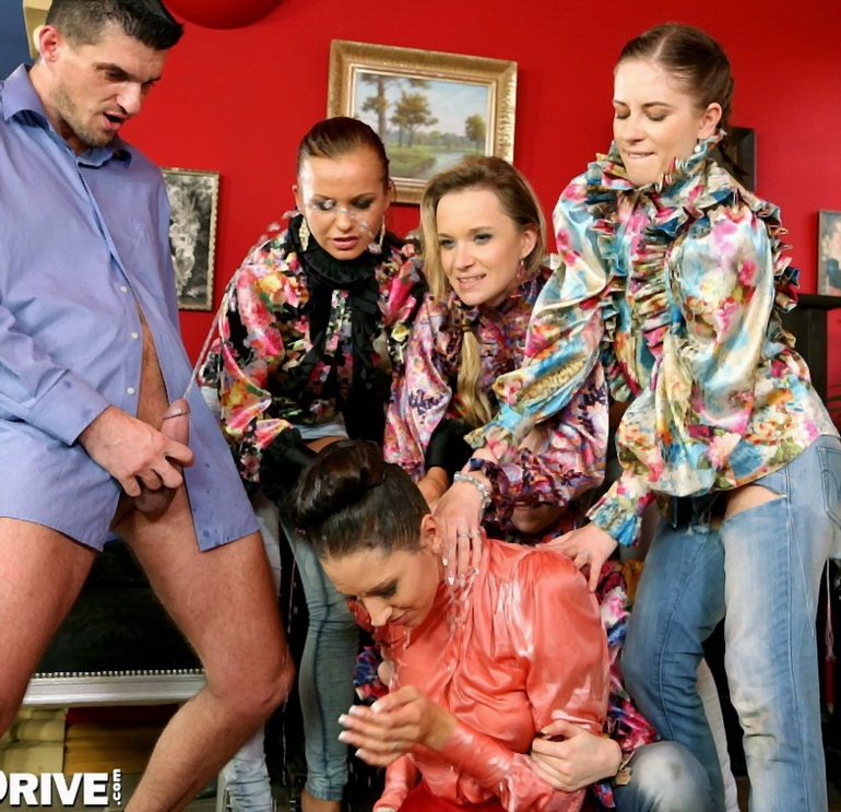 Golden Shower Power - Chelsy Sun, Bella Baby, Leony Aprill, Kitty Jane, Angel Piaf | SinDrive | 2014 | FullHD | 2.22 GB