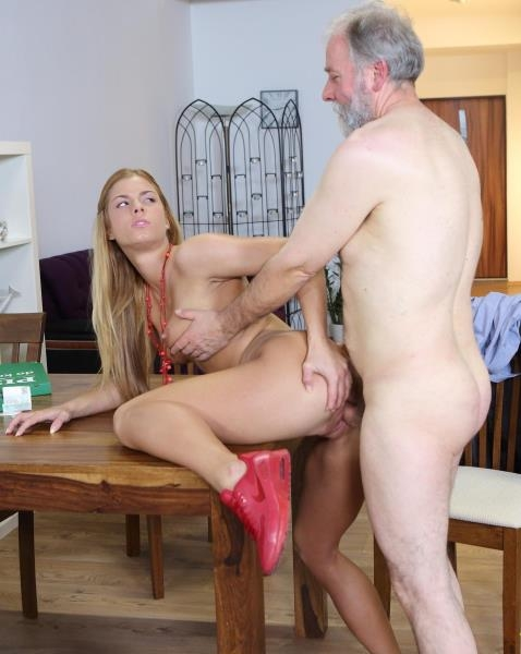 Old man pays a hot delivery girl with sperm - Chrissy Fox | Old-n-Young, TeenMegaWorld | 2018 | HD | 951 MB