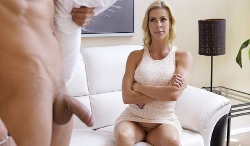 Let Mommy Help You - Alexis Fawx | MomsTeachSex | 2018 | SD | 408 MB