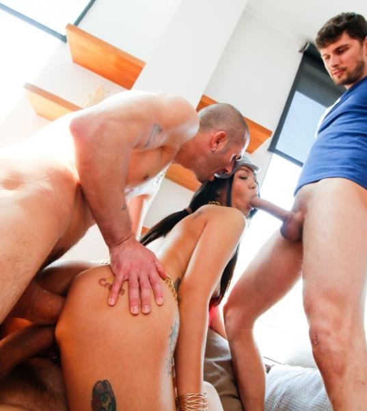 Asian Jurekas Gaping, Squirting DP - Jureka Del Mar | EvilAngel | 2018 | FullHD | 3.58 GB