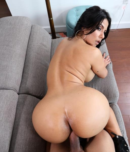 Creampie For This Perfect Latina - Rose Monroe | AssParade, BangBros | 2018 | FullHD | 3.18 GB