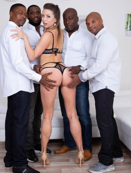 Debuts in interracial gangbang - Paulina Soul | Private | 2018 | FullHD | 3.00 GB
