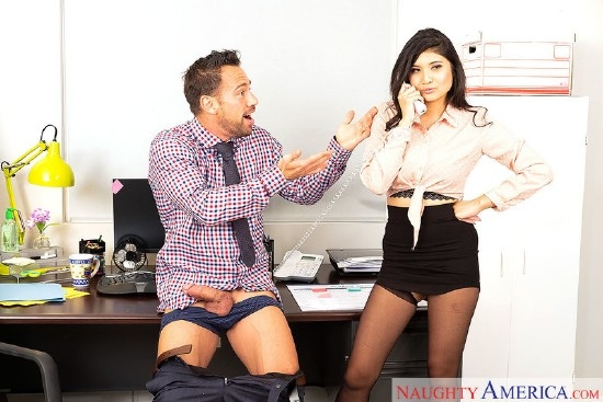 Naughty Office - Brenna Sparks, Johnny Castle | NaughtyOffice, NaughtyAmerica | 2018 | SD | 317 MB