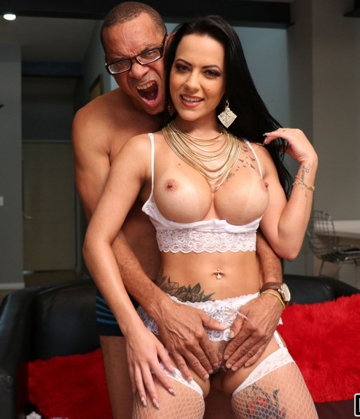 Ramons Monster Cock in My Pussy and My Ass - Analine | MonstersofCock, BangBros | 13.01.2019 | SD | 423 MB