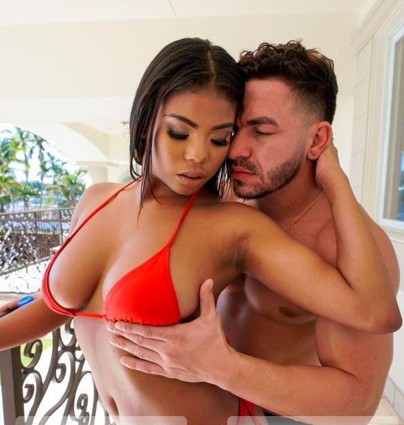 Nia Nacci Fucks in Miami - Nia Nacci | BrownBunnies, BangBros | 22.03.2019 | HD | 1.32 GB
