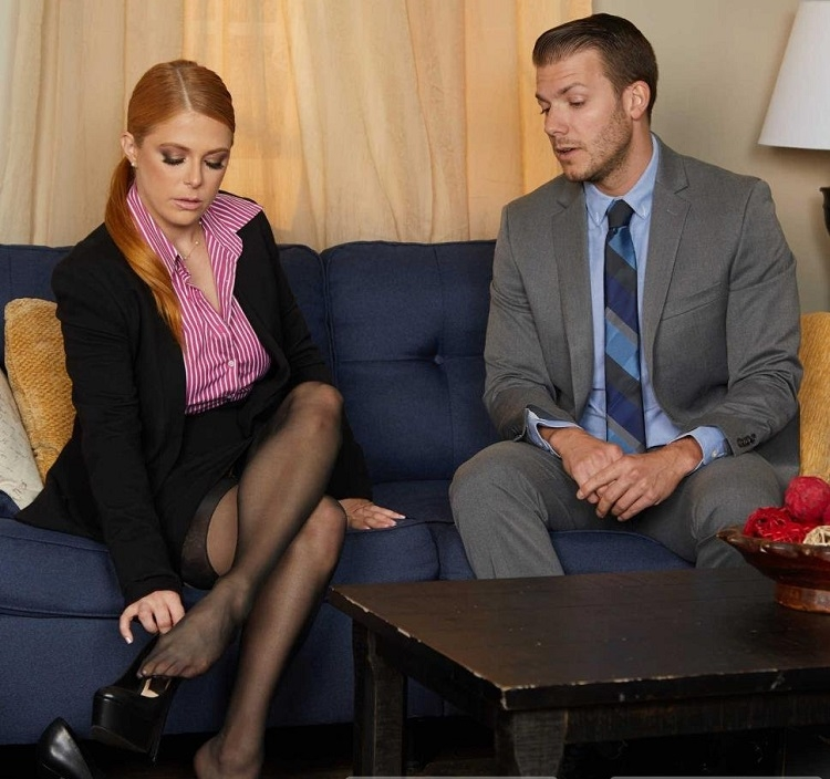 Gives her intern a fuck of his life - Penny Pax | NaughtyAmerica, MyFriendsHotMom | 2019 | FullHD | 3.03 GB