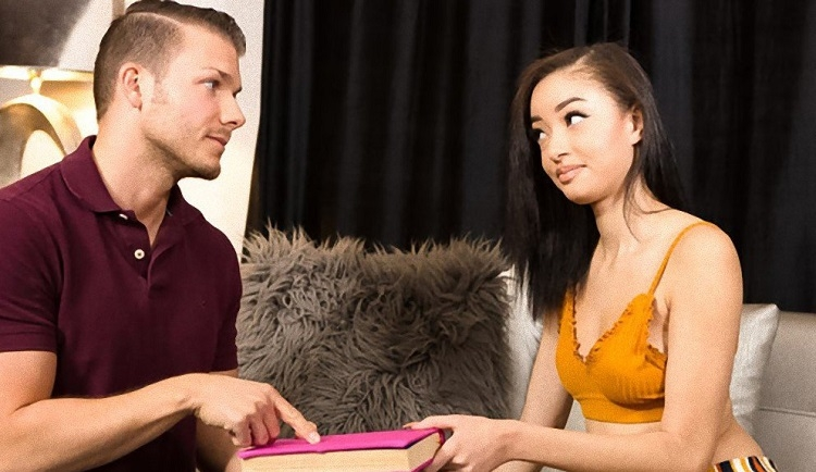 My Daughters Diary - Scarlett Bloom | RealityJunkies | 2019 | SD | 199 MB