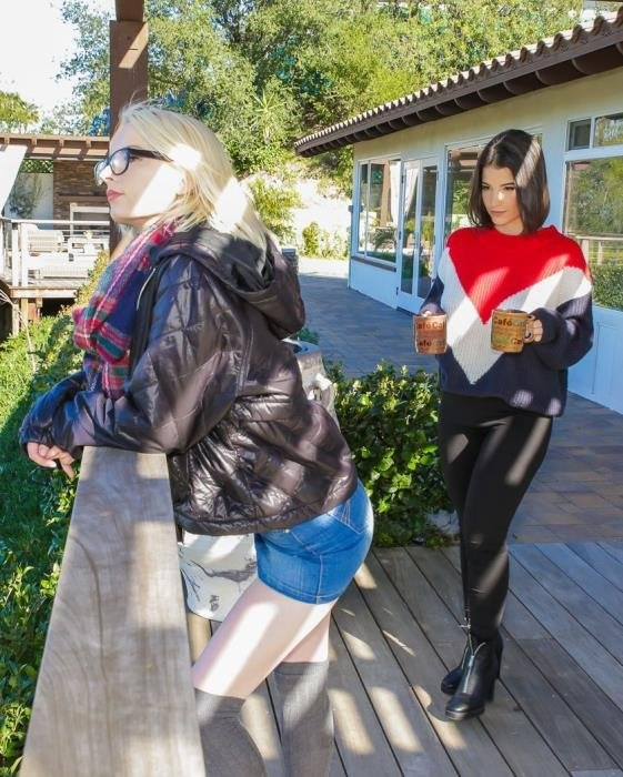 A Lesbian Walk To Remember - Alice Pink, Lasirena69 | Dyked, TeamSkeet | 08.06.2019 | FullHD | 2.49 GB