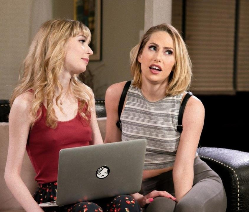 Fearing The Worst - Carter Cruise, Mackenzie Moss | GirlsWay | 2019 | FullHD | 1.67 GB