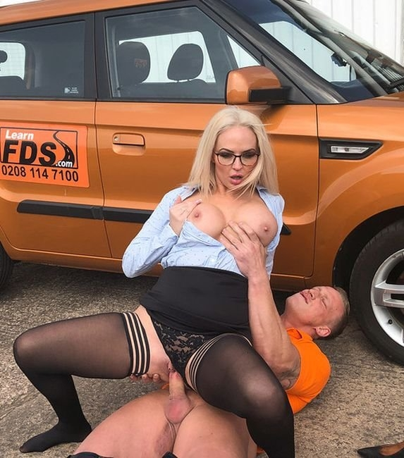 Finger Blasting Squirting Orgasms - Louise Lee | Fakedrivingschool | 17.06.2019 | FullHD | 1.43 GB