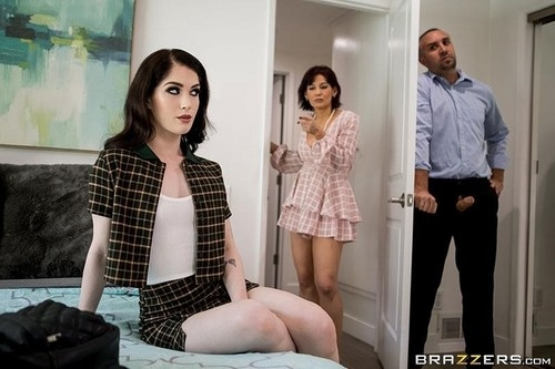 Cock For Arts Sake - Evelyn Claire | TeensLikeItBig | 2019 | FullHD | 1.24 GB