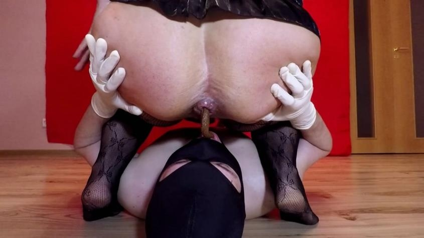 Horny Women Shit - annalise | 2020 | FullHD | 1.26 GB