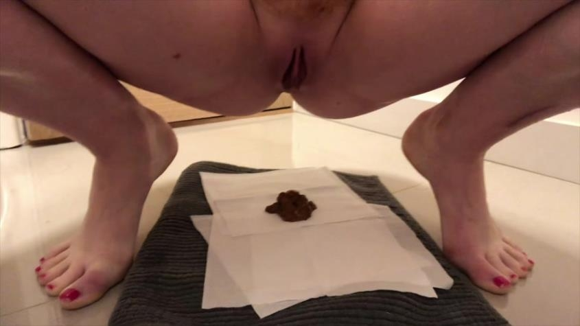 runny poops from weekend - Hayley-x-x | 2020 | FullHD | 609 MB