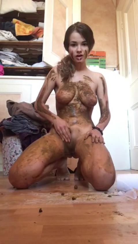 Amateur Scat Solo - Hottest Hazard | 2020 | HD | 221 MB