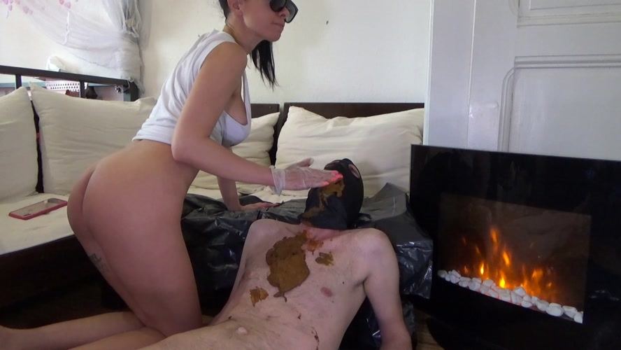 Poop on slave after morning coffee - Lila  | 2020 | FullHD | 1.36 GB
