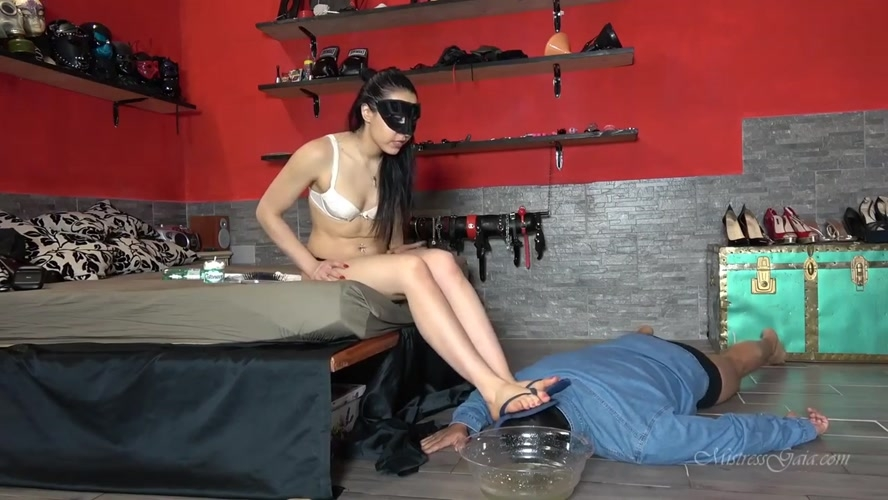 APPETIZING OBEDIENCE TEST - Mistress Gaia | 2020 | FullHD | 352 MB
