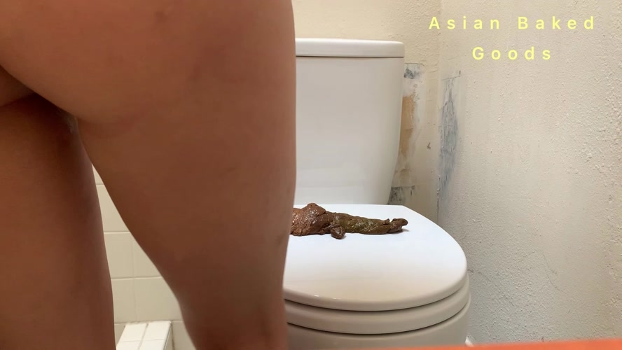 Shit side ways on the toilet seat - Marinayam19  | 2020 | FullHD | 422 MB